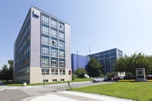 budovy/FS_Dejvice_03.jpg
